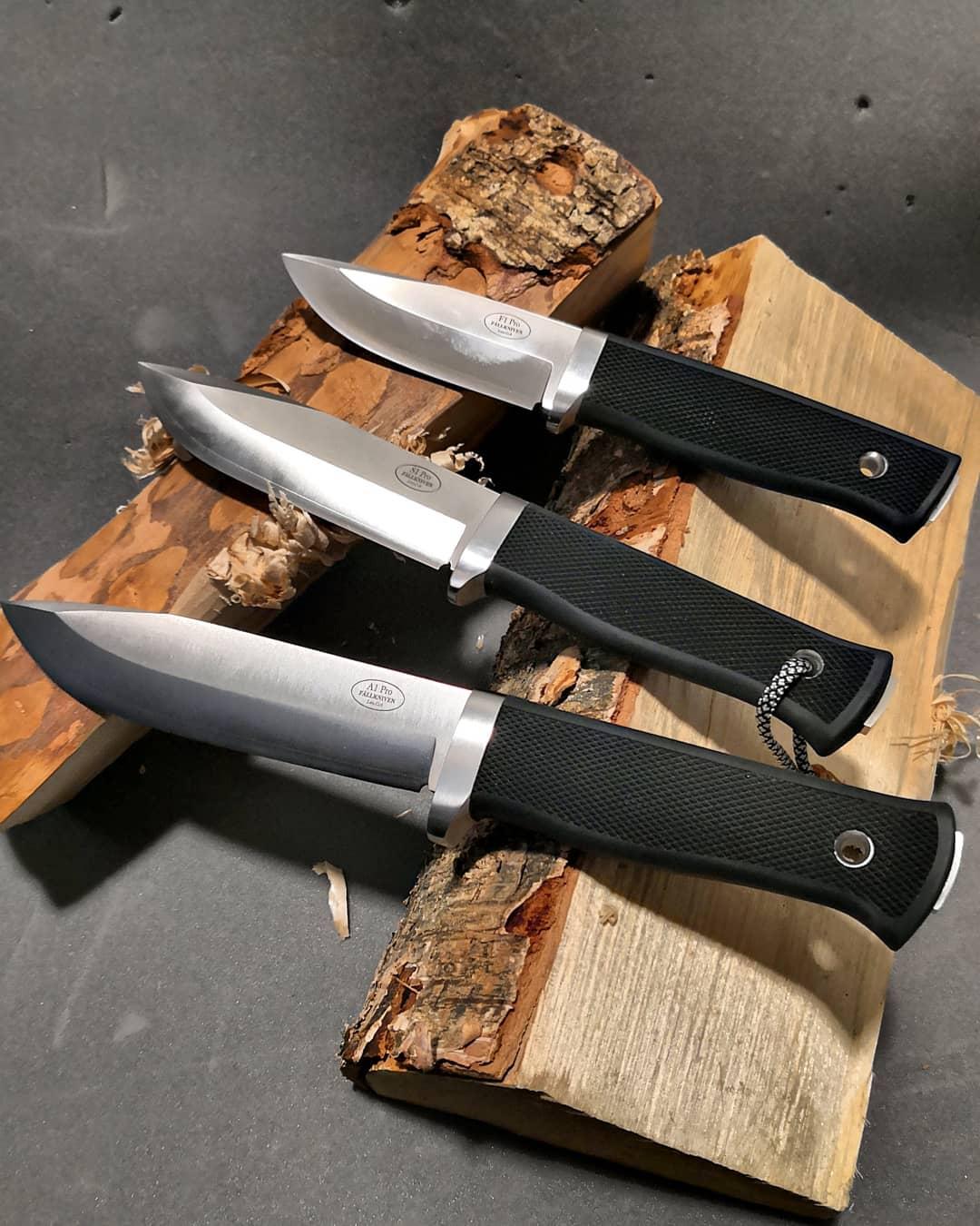 trois-couteaux-de-survie