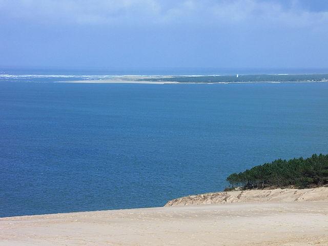 Le-bassin-d'Arcachon-ou-la-dune-du-Pilat