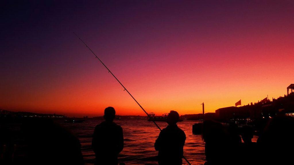 Consigli-preziosi-per-la-pesca-notturna