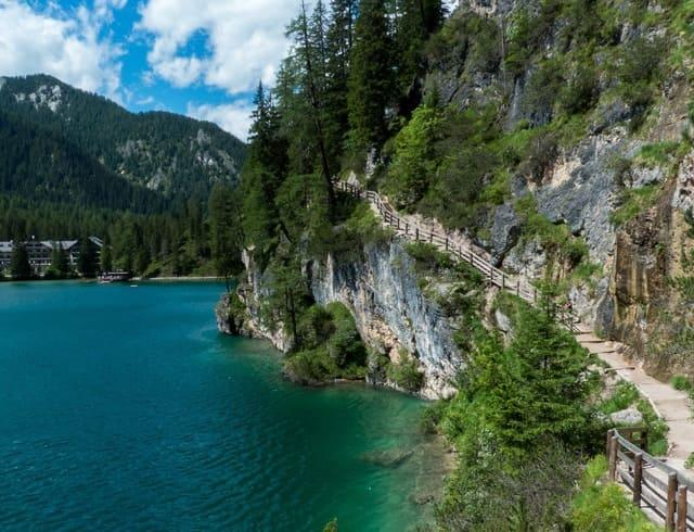 Randonnee-Lago-di-braies