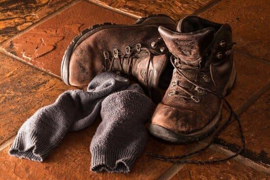Assurez-vous-de-mettre-vos-chaussettes-dans-le-bon-sens