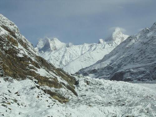 Baintha-Brakk-montagnes-plus-difficiles-a-escalader-dans-le-monde