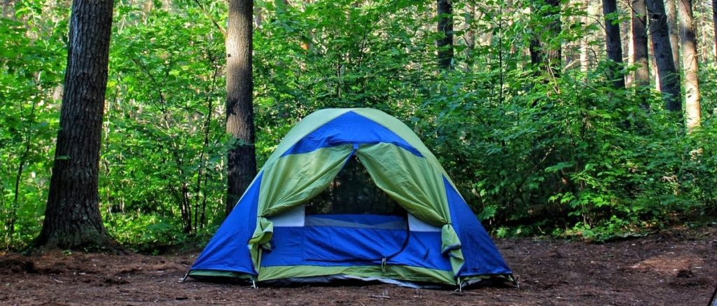 Des-10-Raisons-Qui-Prouvent-Que-Le-Camping-Fait-Du-Bien-A-La-Sante