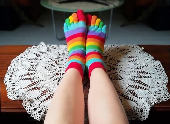 Envisagez-dacheter-des-chaussettes-a-5-doigts