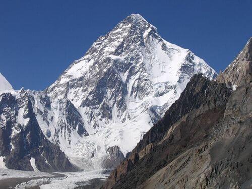 K2-montagnes-plus-difficiles-a-escalader-dans-le-monde