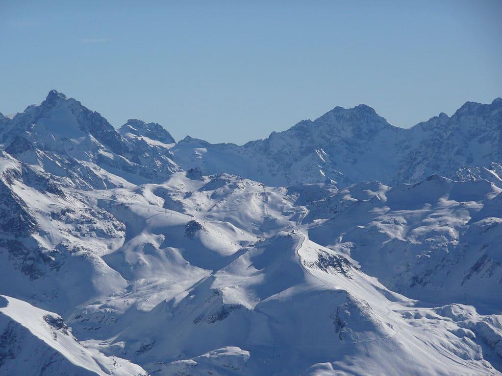 Les-montagnes-les-plus-difficiles-a-escalader-dans-le-monde