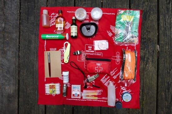 Les-objets-pour-un-kit-de-survie-de-base