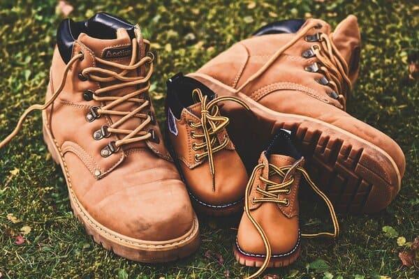 Prenez-soin-de-bien-choisir-les-chaussures-de-randonnee-de-toute-la-famille