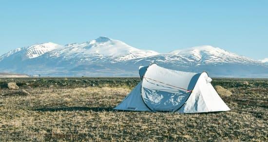 Connectez-les-arceaux-de-votre-tente