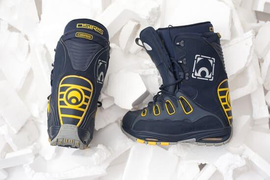 Les-materiaux-des-bottes-de-snowboard