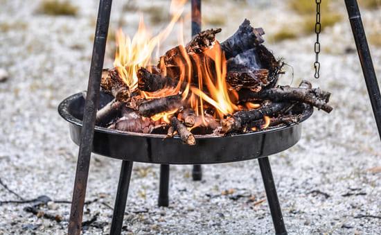 elements-essentiels-de-la-cuisine-en-camping